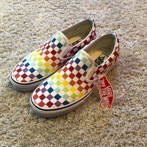 🏳️🌈Vans Classic Slip On Rainbow Check NWT🏳️🌈